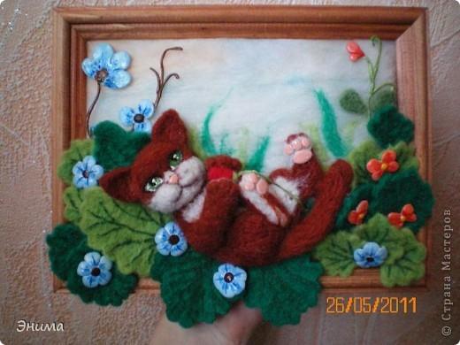 Вдохновила меня на создание этой картины работа Юлии Ославской http://stranamasterov.ru/node/175559 Захотелось создать что-то подобное из шерсти. Результатом осталась довольна. фото 43