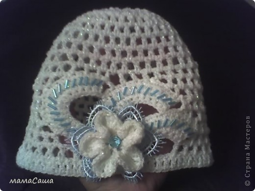 Такая вот связалась шапочка для благотворительной ярмарки ко Дню защиты детей фото 1