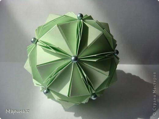 Кусудама TUVWXYZ Star Автор Mukerji Meenakshi. Модули 8 на 8 см. Итог примерно 11см. МК http://www.youtube.com/watch?v=UnieR9O-CY8 фото 4