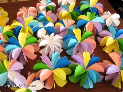 http://stranamasterov.ru/node/175045?c=favorite - вот благодаря этой ссылке и мастерице сегодня 27 мая после уроков мои 2клашки оторвались на этих цветочках.  фото 2