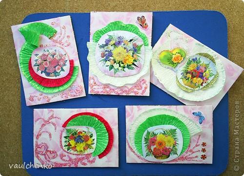 """Как же появляются эти маленькие карточки? Иногда совершенно случайно: прислали чудесные подарочки - красивую бумагу, а дочка купила наклеечки с цветами. И вот.... История аранжировки цветов - писать на карточке это очень длинно, поэтому просто - """"БУКЕТЫ"""" Карточки разделены на группы - совершенно разные  по художественному оформлению! фото 2"""