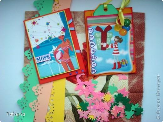 """вот и моя шоколадница, очень понравилась идея открыточки и шоколадницы в одном, для скромного и символичного  подарка то, что нужно!!!! Фотки не очень хорошие получились, т.к. делала буквально перед дарением, в """"полевых условиях"""", одаряемой очень понравилось!!!! Юлечка, спасибо большое за ссылку, http://translate.google.com/translate?hl=en&sl=pl&tl=ru&u=http%3A%2F%2Fi-lowe-scrap.blogspot.com%2Fsearch%2Flabel%2Fkartki%2520okoliczno%25C5%259Bciowe%3Fupdated-max%3D2010-08-03T11%253A21%253A00%252B02%253A00%26max-results%3D20&anno=2 и вдохновение!!!!! фото 9"""