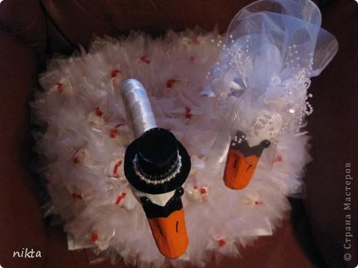Вот такие лебеди в подарок молодоженам фото 3