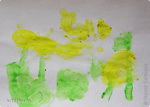 """""""Цветущее дерево""""... получилось в японском стиле :)  Рисовали с дочей 1 г. 8 мес. пальчиковыми красками.     фото 3"""