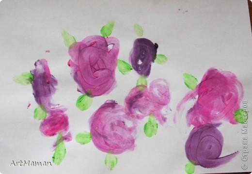 """""""Цветущее дерево""""... получилось в японском стиле :)  Рисовали с дочей 1 г. 8 мес. пальчиковыми красками.     фото 4"""