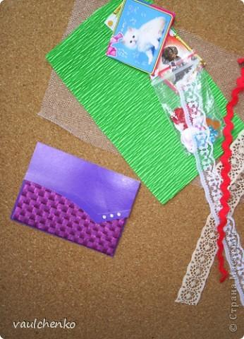 """Как же появляются эти маленькие карточки? Иногда совершенно случайно: прислали чудесные подарочки - красивую бумагу, а дочка купила наклеечки с цветами. И вот.... История аранжировки цветов - писать на карточке это очень длинно, поэтому просто - """"БУКЕТЫ"""" Карточки разделены на группы - совершенно разные  по художественному оформлению! фото 15"""