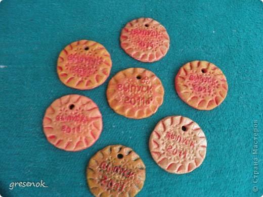 Вот такие медальки я сделала в садик для старших деток из нашей группы фото 1
