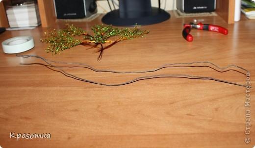 ССЫЛКА НА ЧАСТЬ1: http://stranamasterov.ru/node/199607 Здравствуйте уважаемые мастера и мастерицы! Во второй части наших уроков я бы хотела подробно рассказать как сделать каркас нашей будущей березки. Этот урок, я думаю,  можно будет брать за основу при выполнении других видов деревьев. У нас уже готовы ветви нашего дерева. Их 7 штук. фото 8