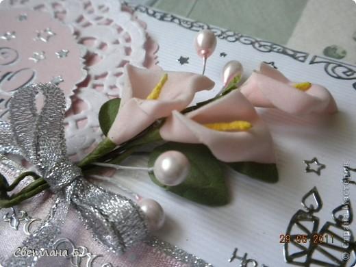 Всем привет! В последнее время у меня не проходит бело-розовое настроение. Уж очень мне нравится такое сочетание цветов. Цветы и листья делала по МК Астории http://asti-n.ya.ru/replies.xml?item_no=550 ,упростив процесс. Вдохновила на создание этой открытки работа Ольги  ya-yalo http://stranamasterov.ru/node/199460?c=favusers  фото 9
