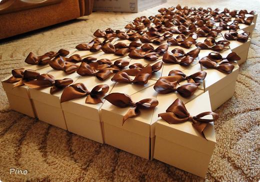 Это (наверное никто не догадается) заготовки для торта из бонбоньерок. Замечательная идея принадлежит Татьяне62 ( http://stranamasterov.ru/node/160727 ) фото 8
