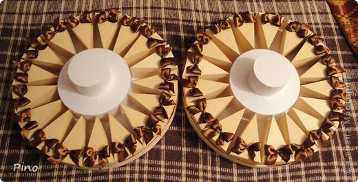 Это (наверное никто не догадается) заготовки для торта из бонбоньерок. Замечательная идея принадлежит Татьяне62 ( http://stranamasterov.ru/node/160727 ) фото 11