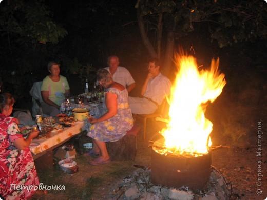 Я очень люблю снимать огонь. Это настолько непредсказуемо. Иногда начинаешь верить, что это мыслящая стихия. Вот огненный заяц. фото 11
