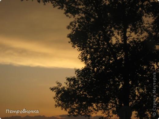 А еще я очень люблю снимать небо. Эта стихия меня завораживает. Небо над нашим храмом всегда разное. фото 16