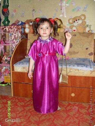 а это платье младшей доче на утренник  1 июня фото 2