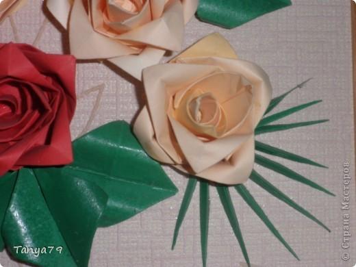 Очень люблю розы. Как-то   увидела такие розы и решила их сделать. Работу сделала давно, но только сейчас  ее выставляю.   фото 3