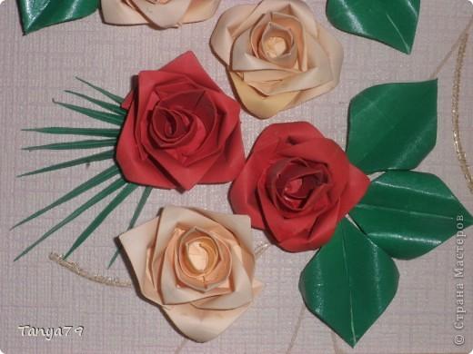 Очень люблю розы. Как-то   увидела такие розы и решила их сделать. Работу сделала давно, но только сейчас  ее выставляю.   фото 4
