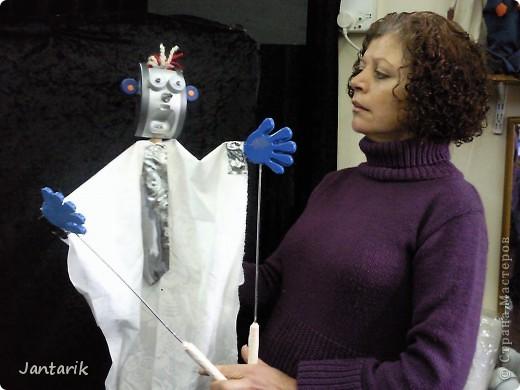 В этом году я учусь на курсе по созданию кукол и работы с ними,а так как я работаю с детьми,то мне это очень пригождается в работе. Мои куклы вы могли видеть в блоге,но мне захотелоось поделиться с вами о том,как проходила учёба,какие куклы были сделаны во время учёбы(не мной). Итак,вот так мы начинали делать кукол из папье-маше.Сначала из пластилина... фото 15
