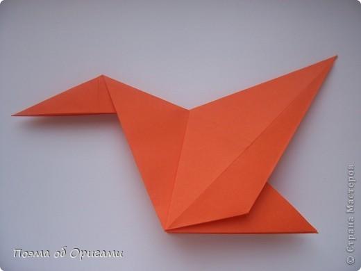 Птичий двор был излюбленной темой в живописи начала ХХ века. В начале ХХI-го века до него добралось и оригами. Все фигурки складываются очень просто и под силу даже маленьким деткам. фото 11