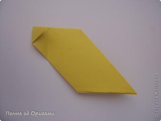 Птичий двор был излюбленной темой в живописи начала ХХ века. В начале ХХI-го века до него добралось и оригами. Все фигурки складываются очень просто и под силу даже маленьким деткам. фото 26