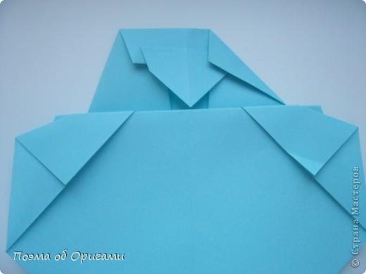 Птичий двор был излюбленной темой в живописи начала ХХ века. В начале ХХI-го века до него добралось и оригами. Все фигурки складываются очень просто и под силу даже маленьким деткам. фото 47