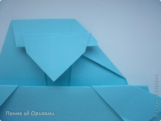 Птичий двор был излюбленной темой в живописи начала ХХ века. В начале ХХI-го века до него добралось и оригами. Все фигурки складываются очень просто и под силу даже маленьким деткам. фото 48