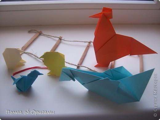 Птичий двор был излюбленной темой в живописи начала ХХ века. В начале ХХI-го века до него добралось и оригами. Все фигурки складываются очень просто и под силу даже маленьким деткам. фото 69