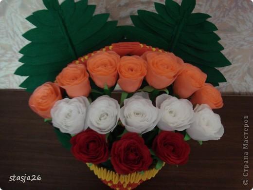 Корзина роз с мк по изготовлению розы фото 2