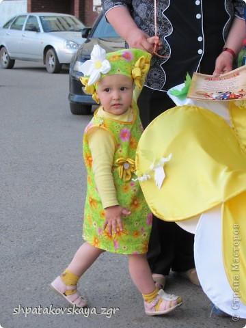 Наша дочка в своей чудо-коляске. фото 7