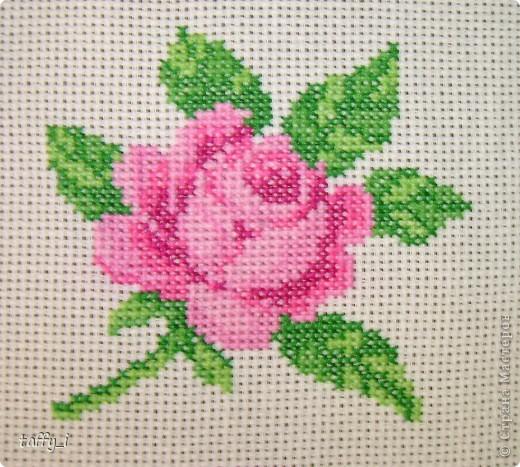 Такса. LORI, В-004. 5 цветов. 64*58 крестиков. 15*13 см. Март 2009 год. фото 5
