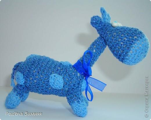 Увидела у ЖанныС жирафика (http://stranamasterov.ru/node/157654) и все, захотелось такого же! Синий жирафик. С него все и началось... фото 2
