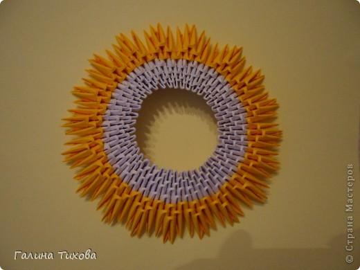 Подставка для телефона из модулей оригами
