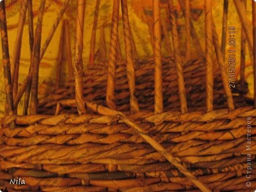 Мне не нравилось, как прищепки болтались на веревках и я сделала такую переносную плетенку для них.  фото 3