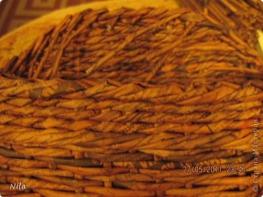 Мне не нравилось, как прищепки болтались на веревках и я сделала такую переносную плетенку для них.  фото 9
