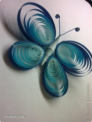 Здравствуйте мои милые мастерицы! Вот теперь и у меня появились бабочки, хотя это не надолго и буквально завтра две улетят к новым хозяйкам! Моей вдохновительницей выступила в этот раз Оксана Комагорова со своей очень красивой работой, которая лежит в моей норке избранных работ уже оооочень давно! http://stranamasterov.ru/node/162100?c=favorite фото 1
