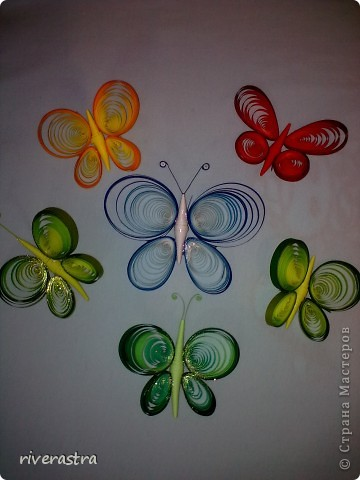 Здравствуйте мои милые мастерицы! Вот теперь и у меня появились бабочки, хотя это не надолго и буквально завтра две улетят к новым хозяйкам! Моей вдохновительницей выступила в этот раз Оксана Комагорова со своей очень красивой работой, которая лежит в моей норке избранных работ уже оооочень давно! http://stranamasterov.ru/node/162100?c=favorite фото 7