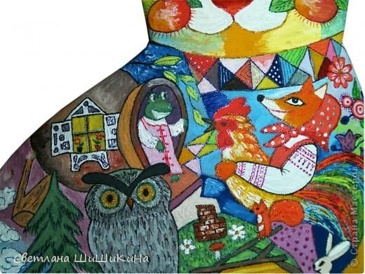 Люблю деток очень-очень... Как увижу что-то красивое и детское, так сразу же и хочется деткам в наш садик сделать. Есть такая замечательная художница Оксана Заика. Вот с её - то рисунка и слизана роспись. Это не копия, но я старалась нарисовать близко к оригиналу. Надеюсь наши детки найдут тут знакомых сказочных героев. Итак, прошу любить и жаловать: Котик I - Сказочный. фото 3