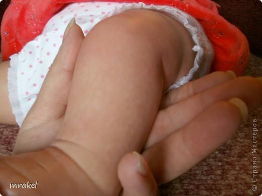 1 апреля закончила возрождать девочку Лизу. Рост её 56см., вес 2400кг. Так как это девочка, то имеется магнитная заколка на голове. фото 14