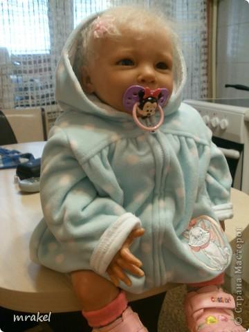 1 апреля закончила возрождать девочку Лизу. Рост её 56см., вес 2400кг. Так как это девочка, то имеется магнитная заколка на голове. фото 9