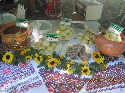 Решили в выходной съездить на экскурсию в соседний город Полтаву, да не просто а на праздник галушки! фото 11