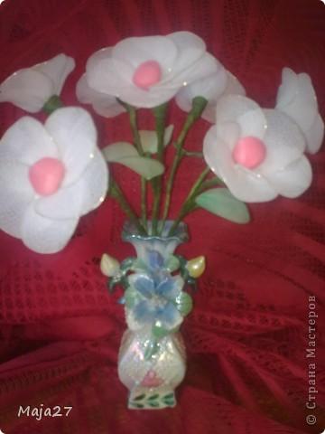 Попробовала сделать цветы из капрона. фото 1
