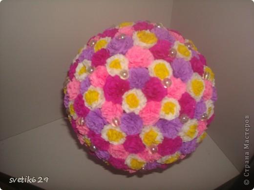 Вот такой цветочный шарик получился  он сделан в подарок тетушке . фото 3