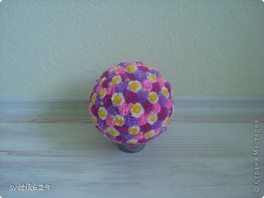 Вот такой цветочный шарик получился  он сделан в подарок тетушке . фото 1