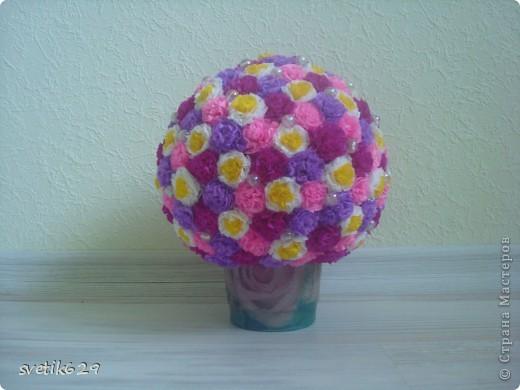 Вот такой цветочный шарик получился  он сделан в подарок тетушке . фото 2