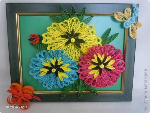Довольно давно сделала вот таки прекрасные, яркие цветочки,но никак не могла придумать как их оформить.И вдруг вот она идея! фото 1