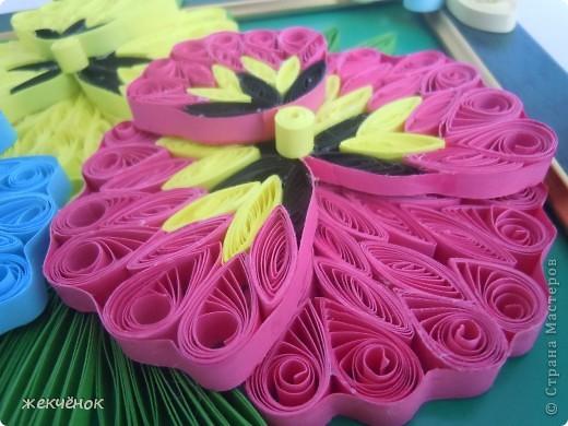 Довольно давно сделала вот таки прекрасные, яркие цветочки,но никак не могла придумать как их оформить.И вдруг вот она идея! фото 3