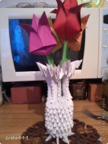Вазочка с цветочками:) Делала маме на 8 марта,а сфоткала только сегодня. фото 1
