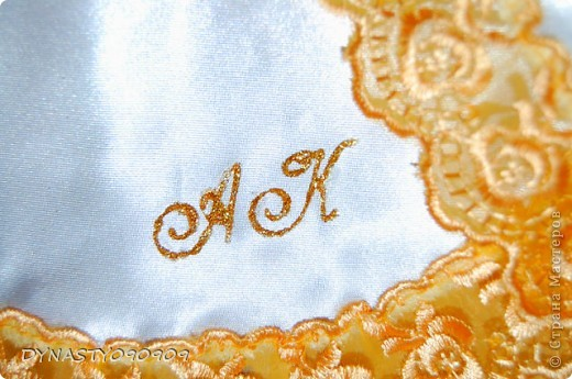 Вот такие у меня получились платочки для свечей на венчание,цвета пришлось подобрать под сами свечи,поэтому так ярко фото 4