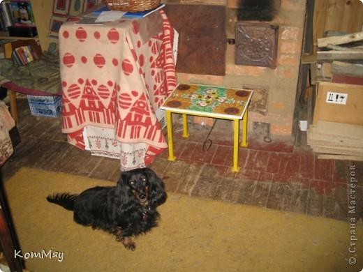 Вот так я преобразила скамеечку, которую мне сделал муж. Назначение скамеечки - сидеть рядом с печкой и подкладывать дровишки... фото 4