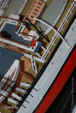 """""""Пуркуа-Па"""" (""""Почему бы и нет?"""" - фр.) - трехмачтовый барк, построенный в 1907 году кораблестроительной фирмой Сент-Мало под руководством архитектора г-на Готье на средства доктора Жана Батиста Шарко. С 1920 по 1936 гг. он проводит исследования побережья Франции и выходит к берегам Арктики. 15 июля 1936 года. """"Пуркуа-Па"""" выходит в свой последний рейс к берегам Гренландии.Корабль затонул во время шторма в Исландском море. Из 41 члена команды в живых чудом остался только рулевой. фото 6"""