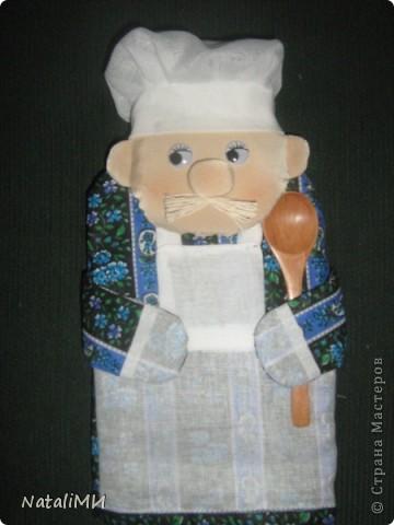 Веселое настроение на кухне можно создать с помощью таких прихваток-поварят. фото 4